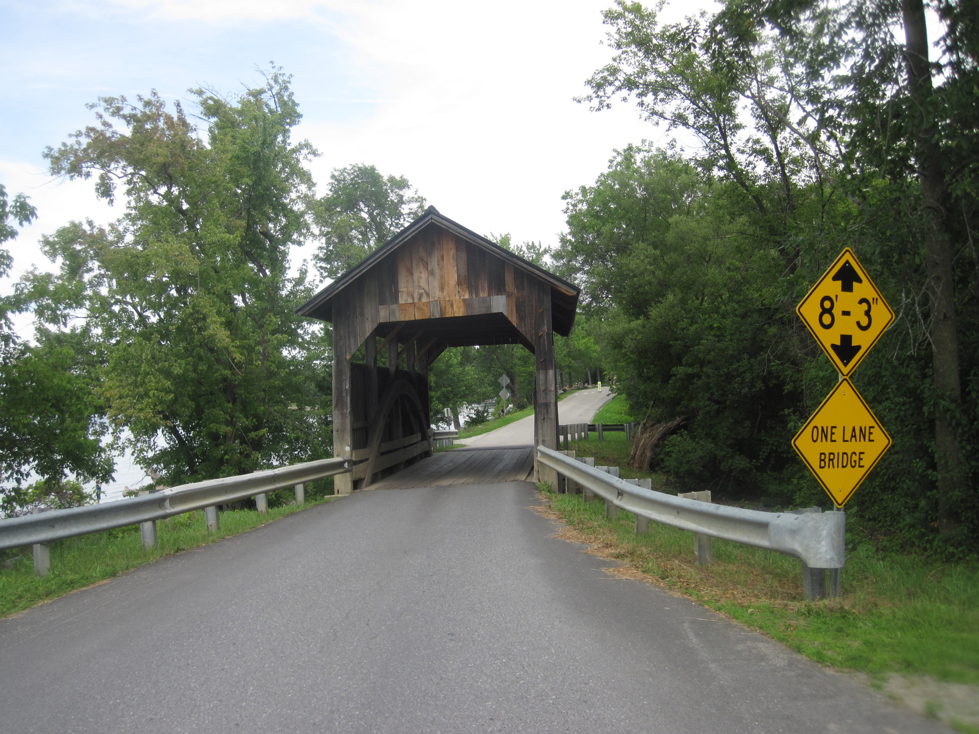 JDRF Ride - Covered bridge